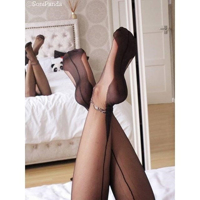 Rht stocking feet-3633