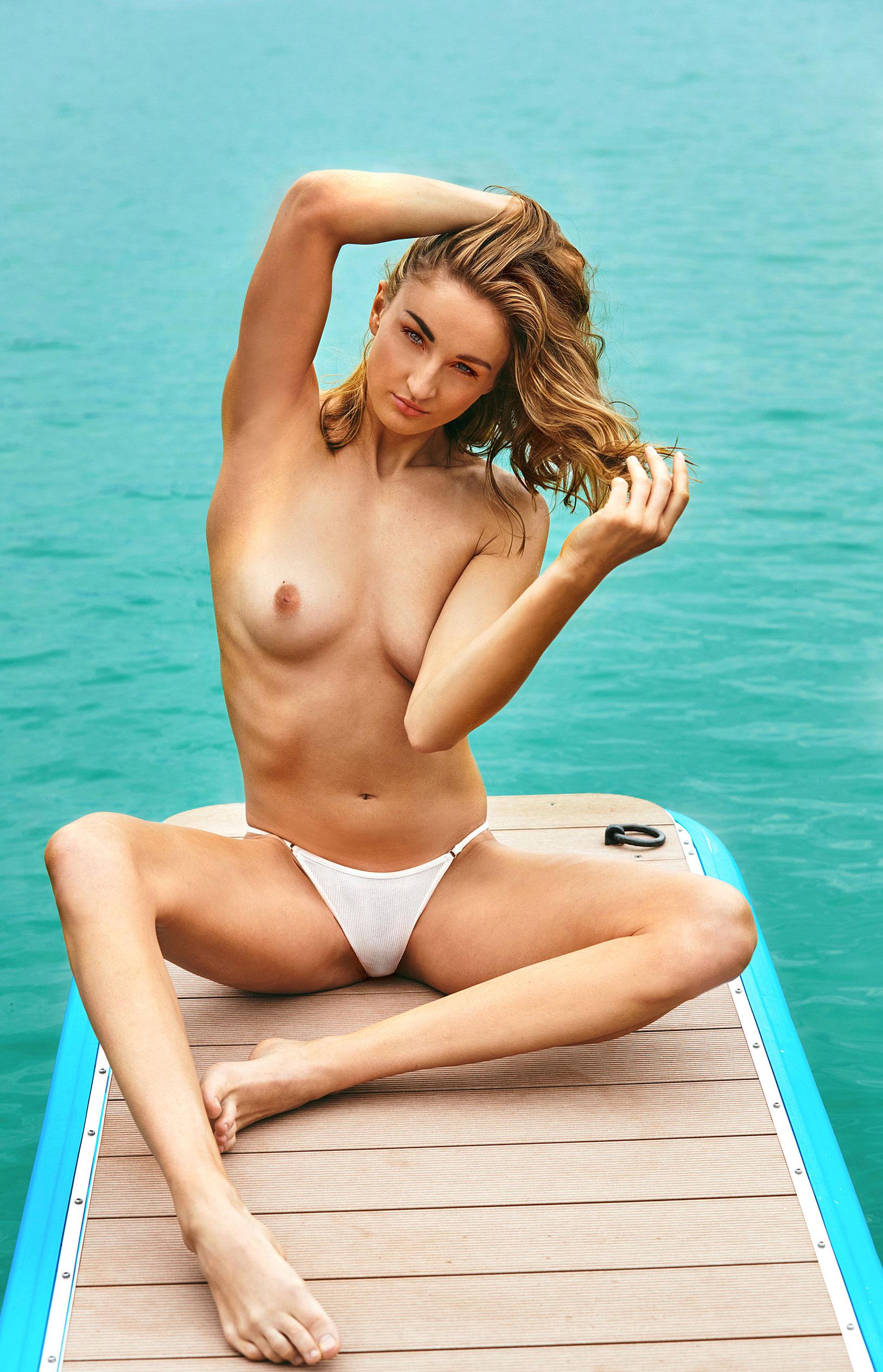 пловчиха Елена Кравцова в журнале Playboy Германия, октябрь 2020 / фото 08