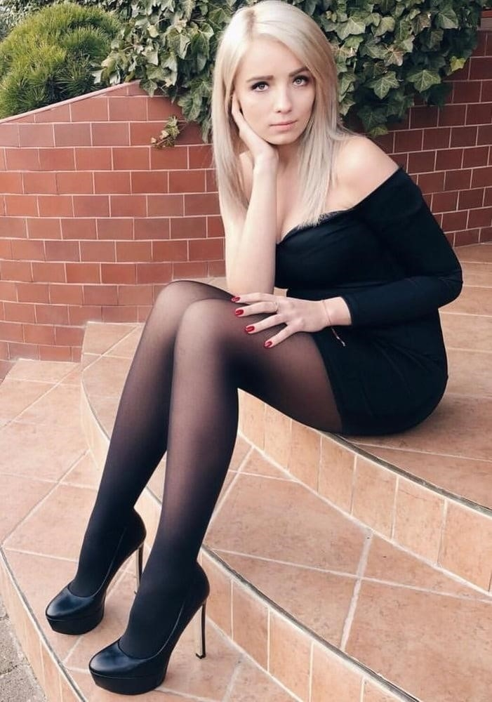 Lesbian pantyhose pictures-8559