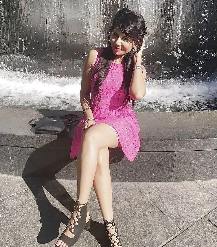 Sexy punjabi girls pic-7476