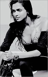 Deepika Padukone - Page 2 Bsm7mPrk_o