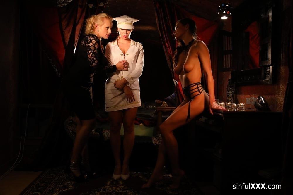 Hot passionate threesome-8712