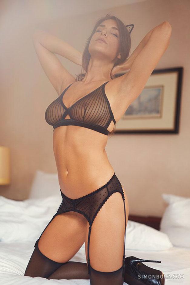 Сильвия Лорем в сексуальном черном нижнем белье / фото 11