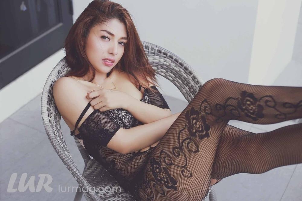 Hd big boobs pic-6887