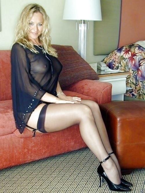 Mature amateur lingerie pics-8428