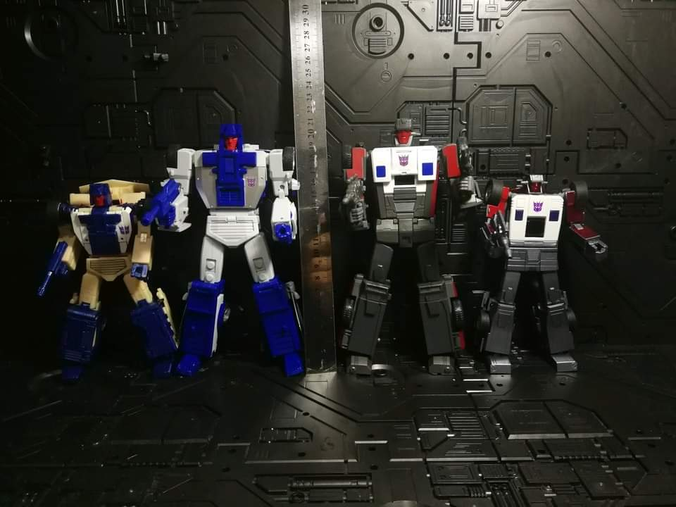 [X-Transbots] Produit Tiers - Jouets Berserkars forme Monolith (MX-XIII à MX-VII) - aka Stunticons forme Menasor/Menaseur - Page 6 P0CuE4jK_o
