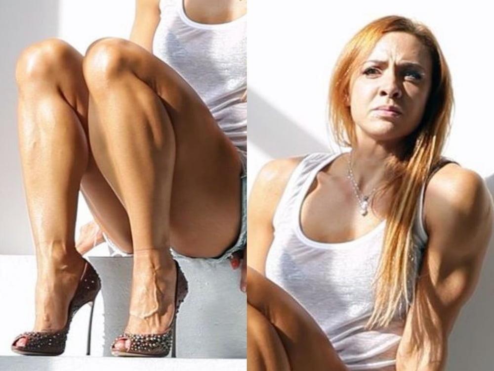 Bodybuilder female clit-3515