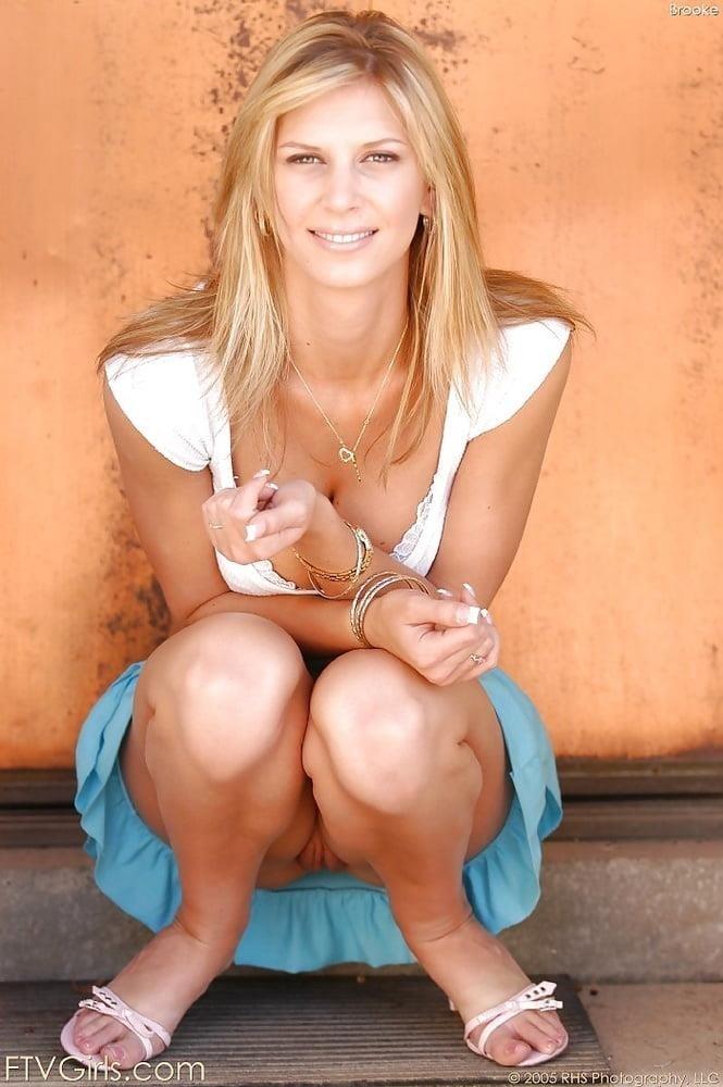Girl milf pic-5974