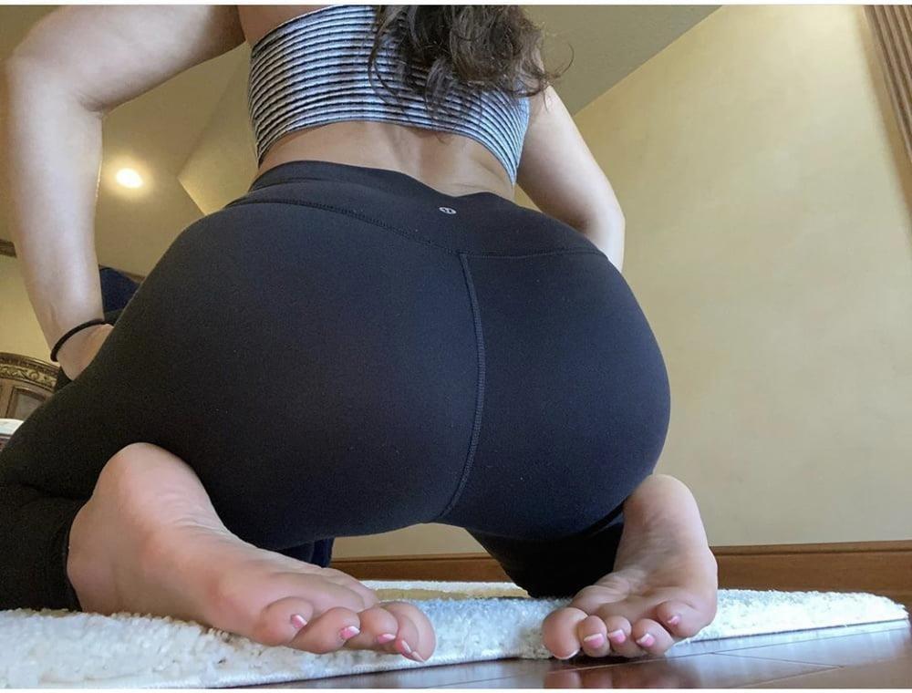 Sexy foot sucking-8307
