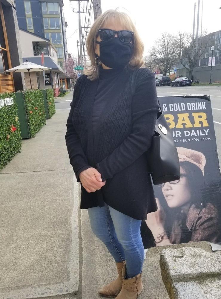 Xhamster in public-4873