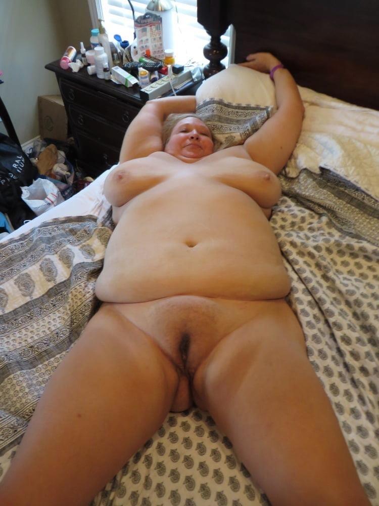 Naked older white women-1130