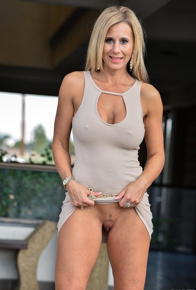 Hot mature wives pics-5345