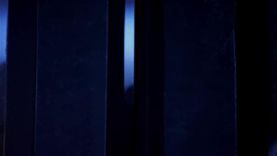 Volcano (1997) 720p BluRay x264 [Dual Audio][Hindi+English]-GP Exclusive