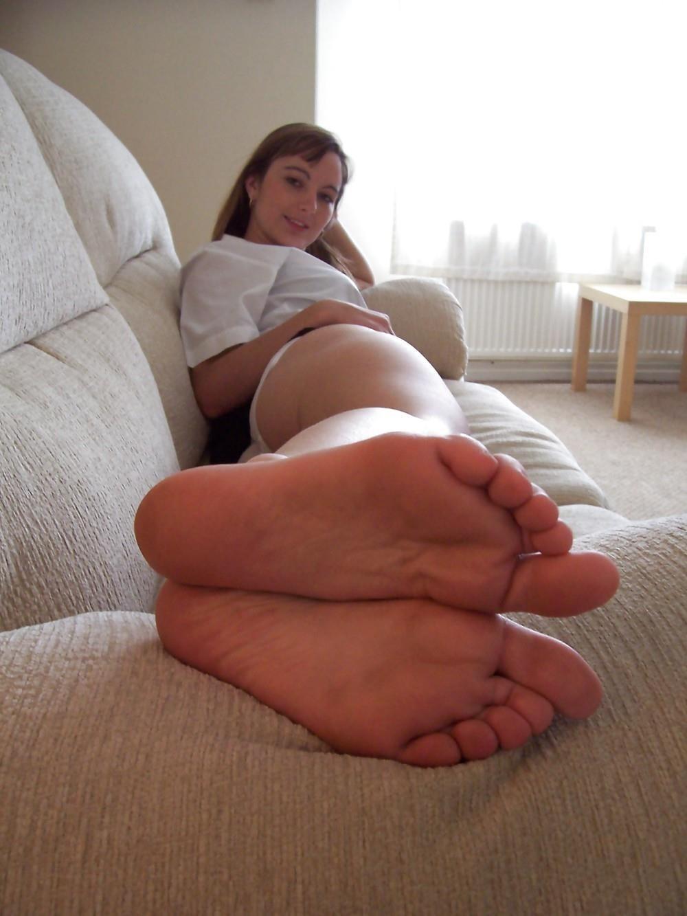 Schoolgirl feet porn-6303