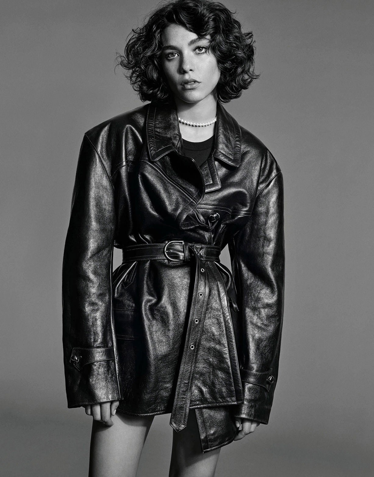 Дама в черном / Steffy Argelich by Alexandra Nataf - Porter Magazine winter 2017