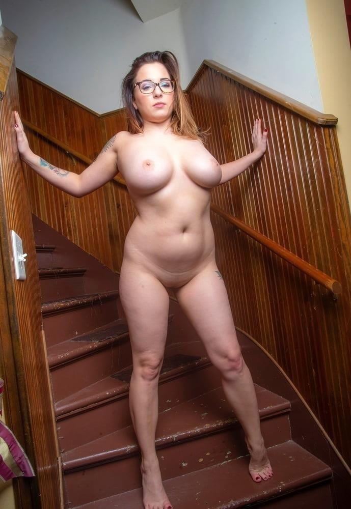 Naked women cunnilingus-7212