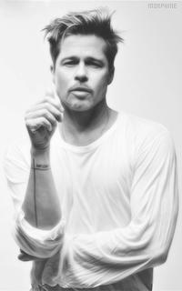 Brad Pitt JK60U4lH_o
