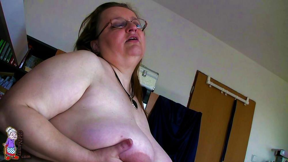 Mature german granny porn-9381