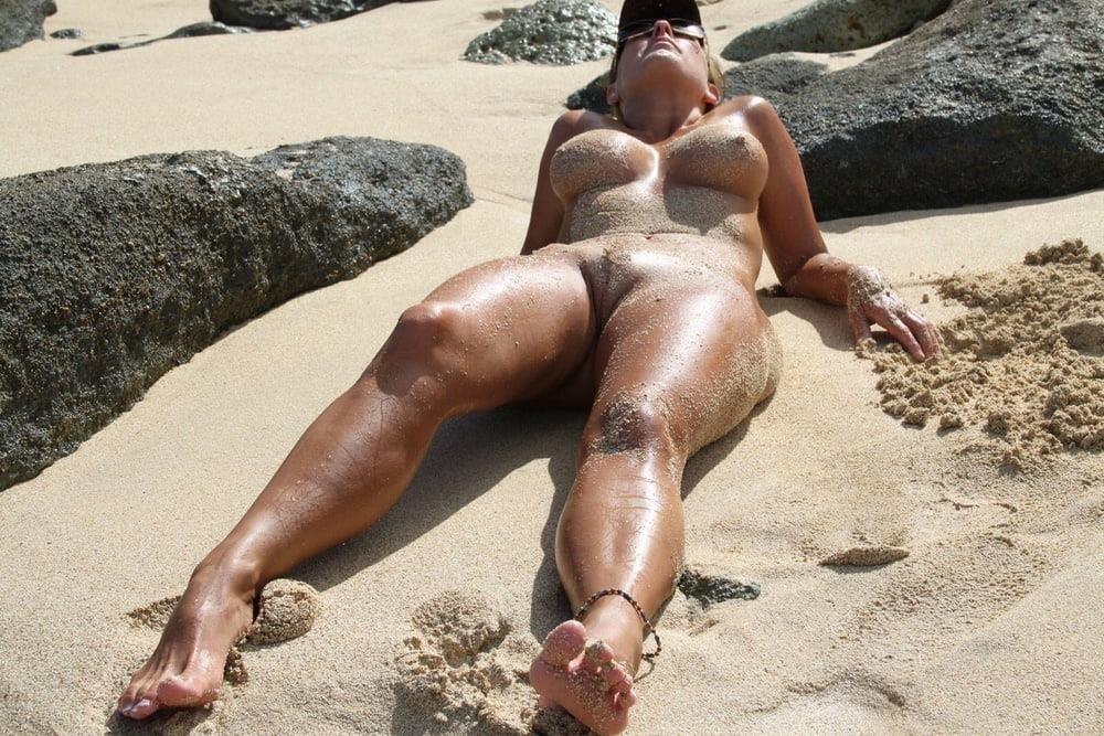 Naked mature thai women-8446