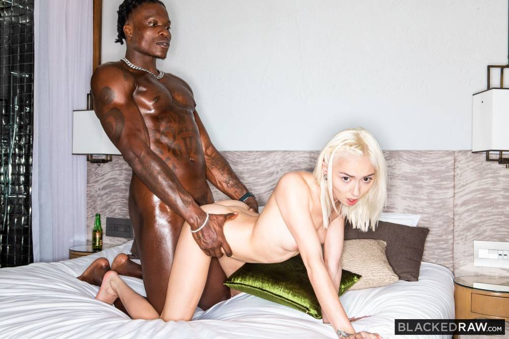 Chloe Temple, Louie Smalls – Don't Wait Up – Blacked Raw