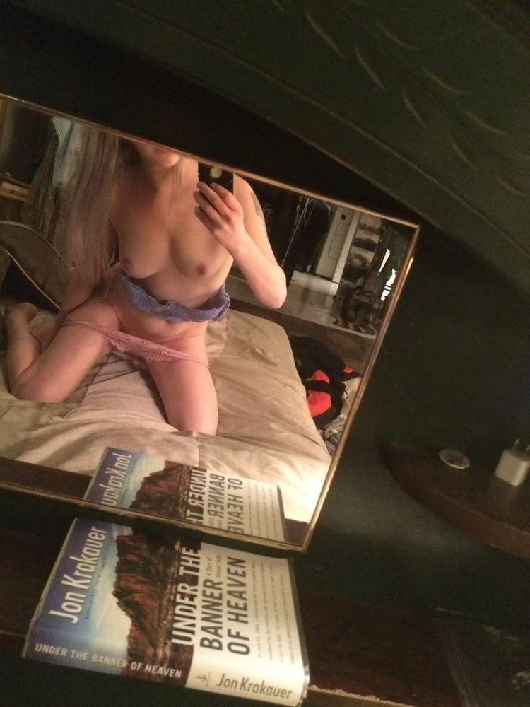 Nude selfies on reddit-2490