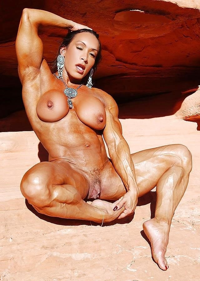 Female bodybuilders with huge clits-3553