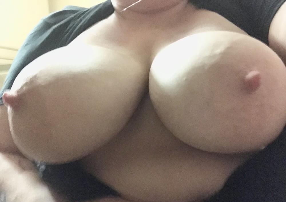 Lesbian big tit pic-9427