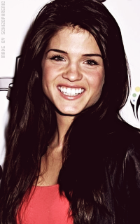 Marie Avgeropoulos E9w6IRVs_o