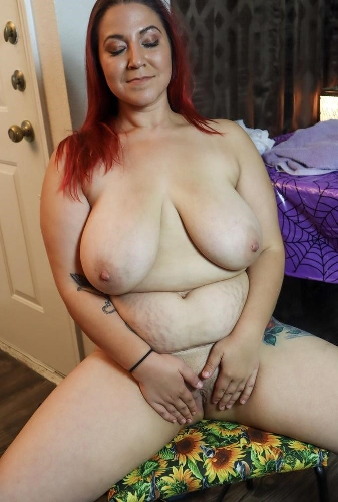 Sexy girl big hips-8923
