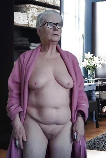Older women nude beach-2314