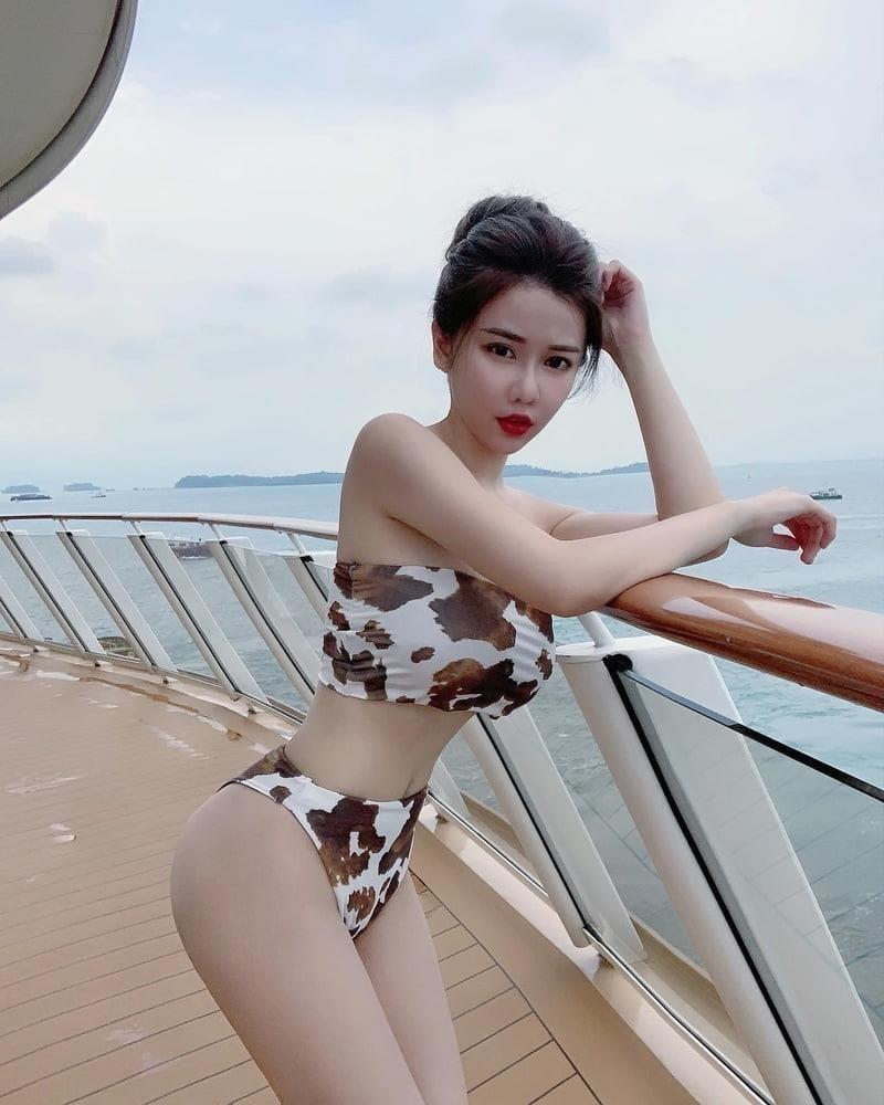 Sexy asian girl big tits-1350