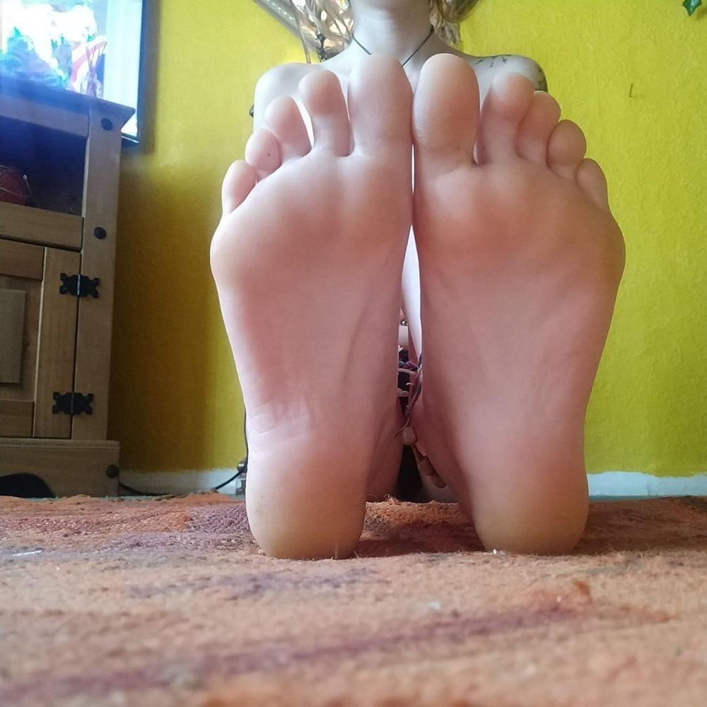Little feet fetish-4537
