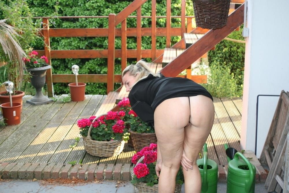 Free outdoor mature porn-3134