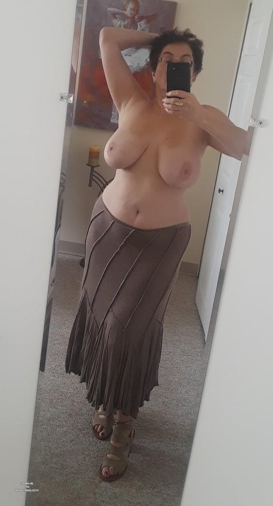 Mature naked milf-6561