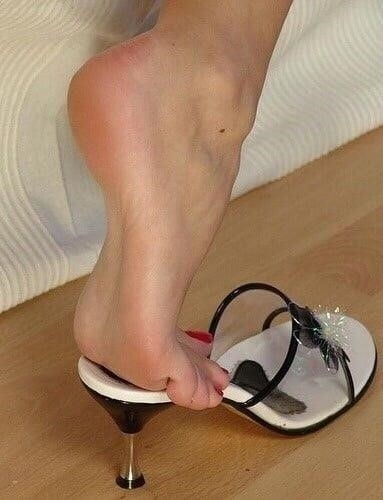 Sexy women feet porn-7293