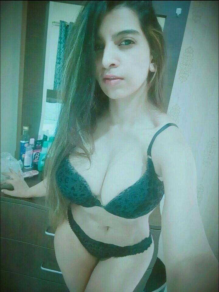 Curvy girl nude selfies-1299