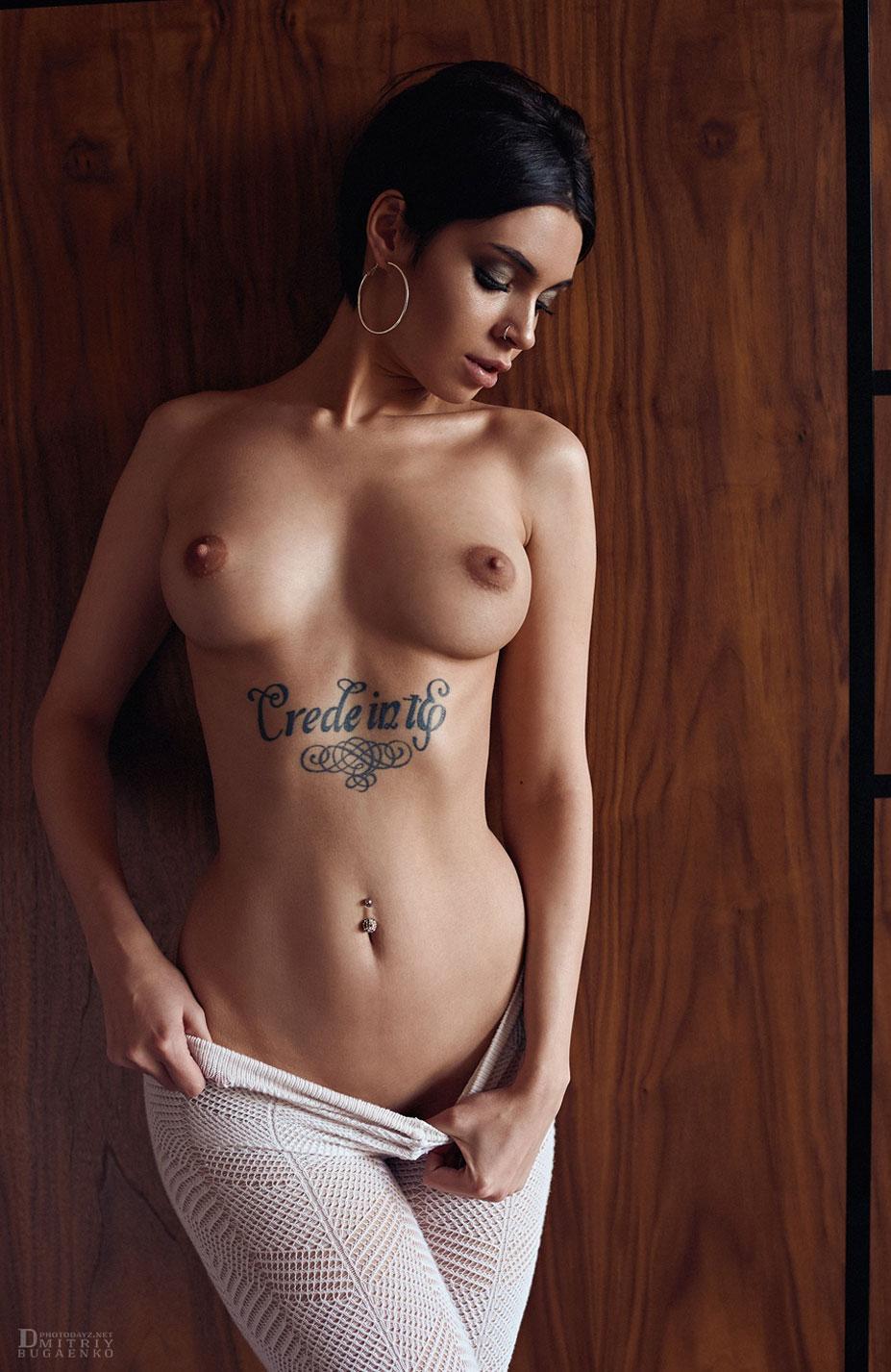 Сексуальная и почти голая Таня Фрост / фото 20