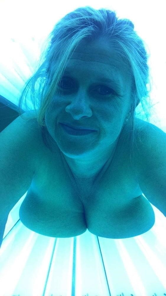 Nude tanning bed selfies-6088