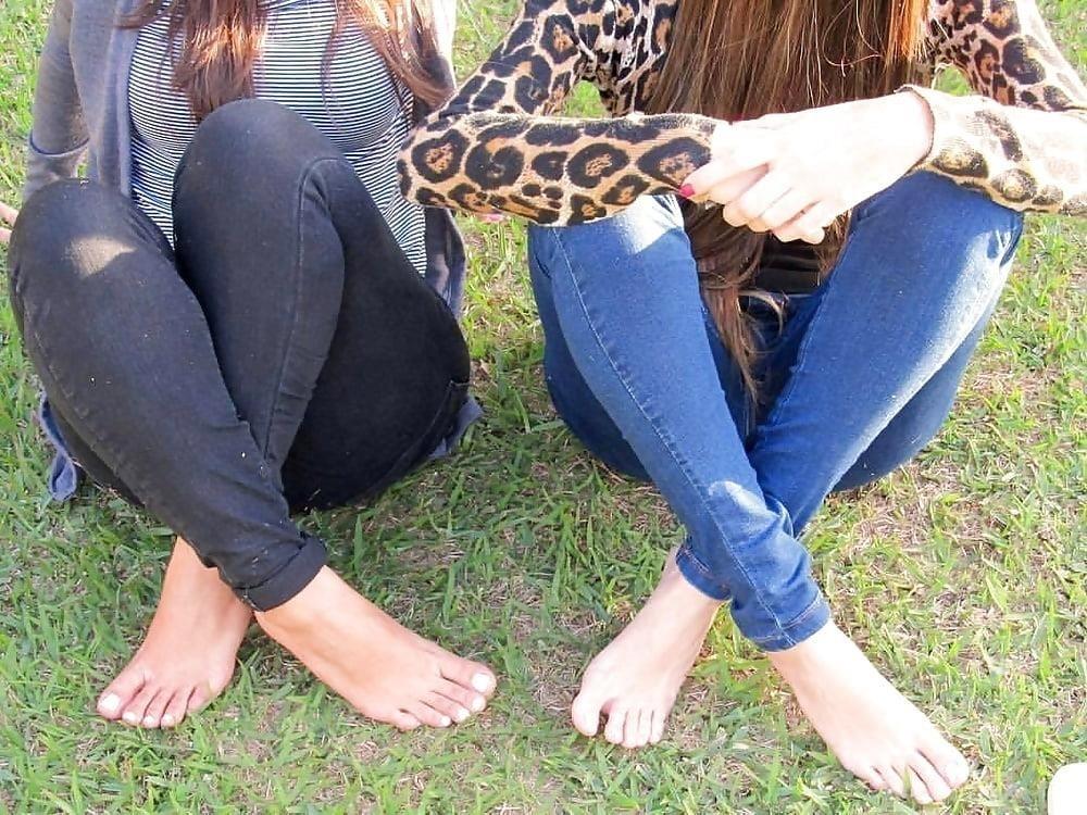 Arab foot slave-4843