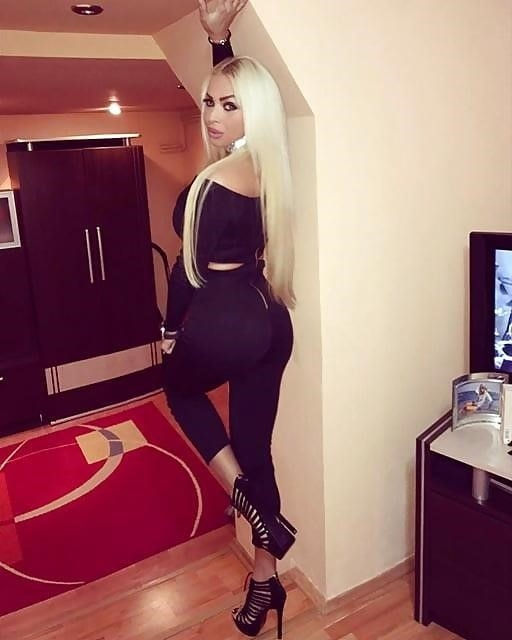 Super sexy blonde porn-6494