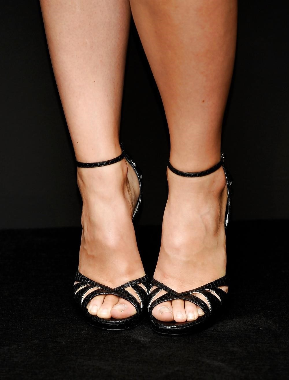 Ebony feet hd-7842