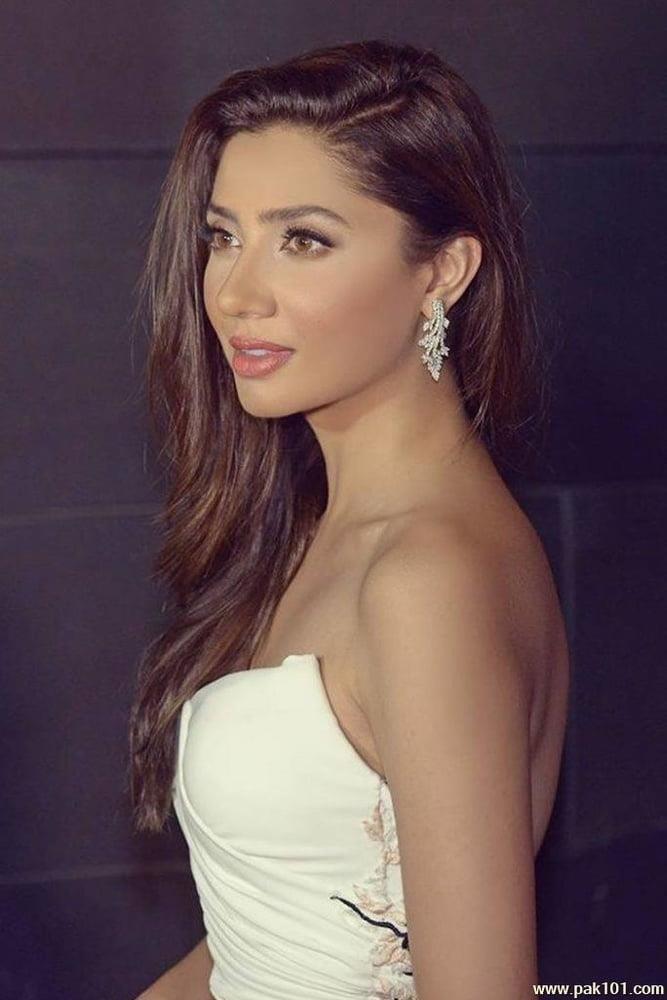 Mahira khan sexy photos-2828