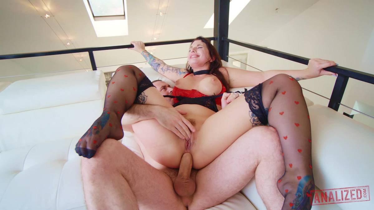 Ivy Lebelle, James Deen - Are You Gonna Look At It Or Are You Gonna Fuck It - Analized