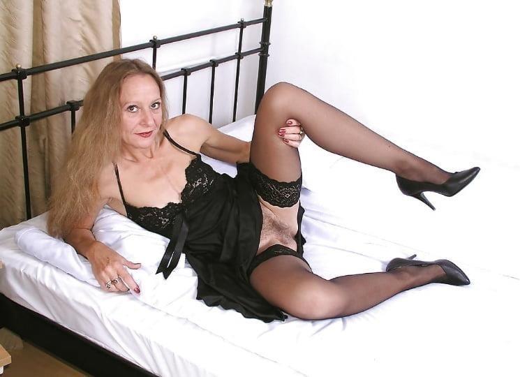 Mature high heels pictures-4483