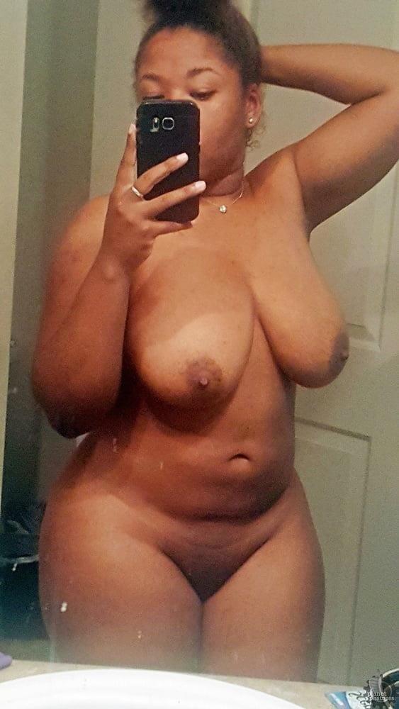 Ebony naked selfie-3416
