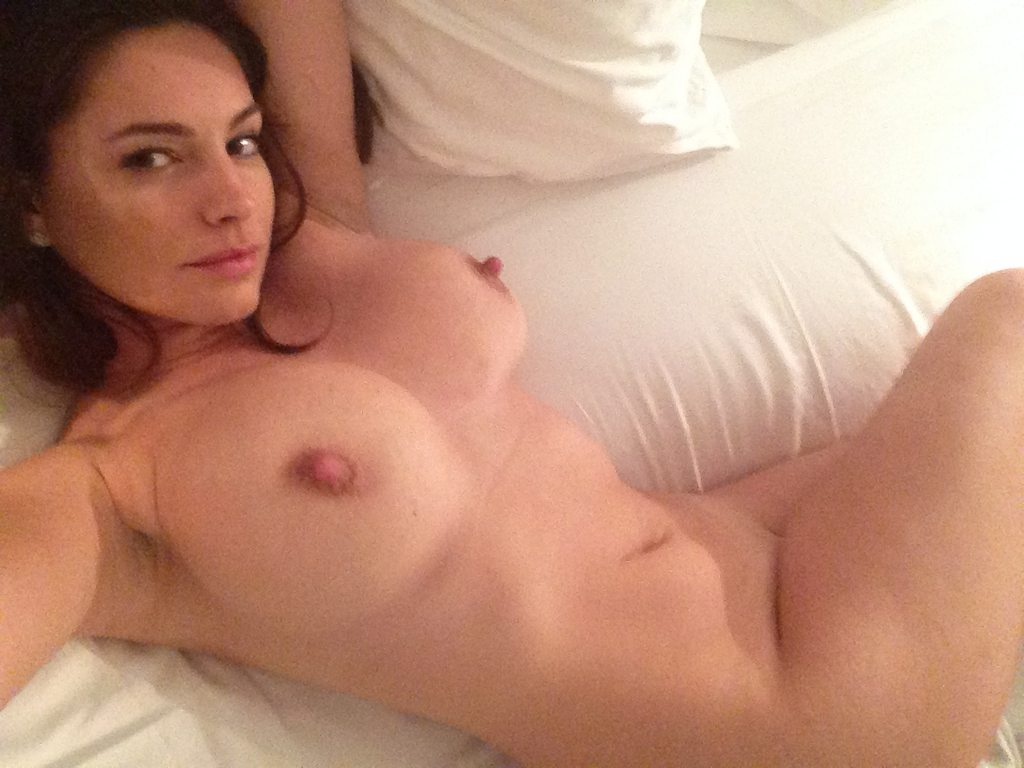 Kelly Brook Nude Leaked Photos