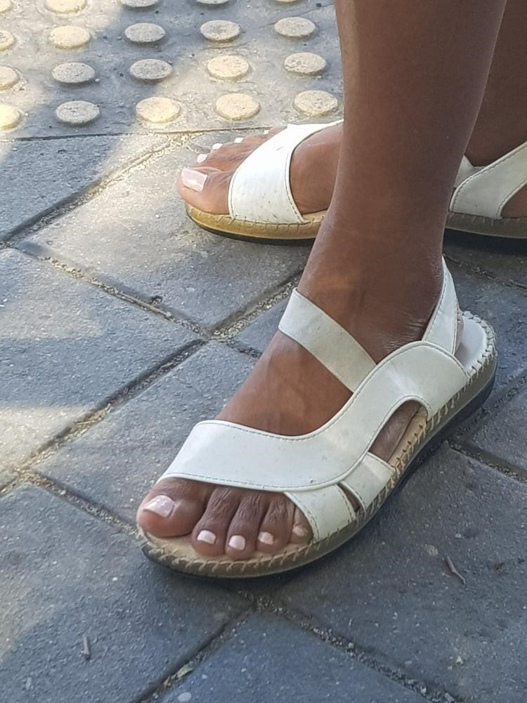 Black mom feet porn-6916