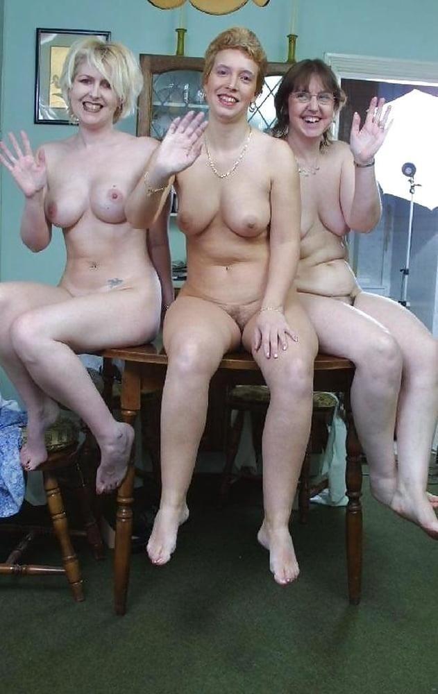 Nude mature lesbians-8089