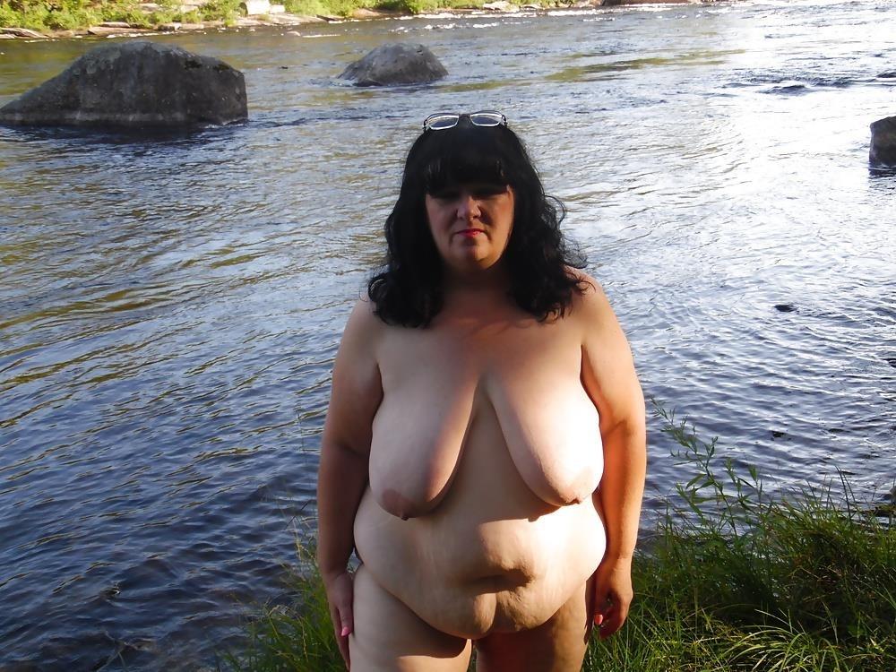 Hot mom big tits pic-9620