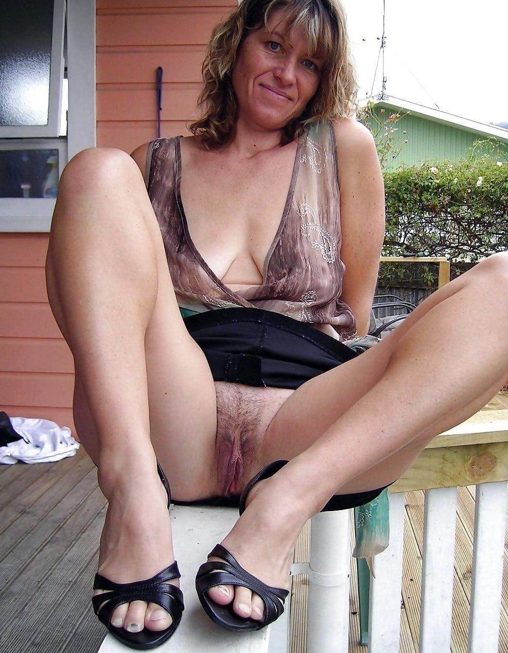 Mature skirt galleries-3086